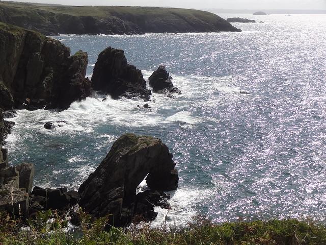 St David's Head: Caerfai to Whitesands
