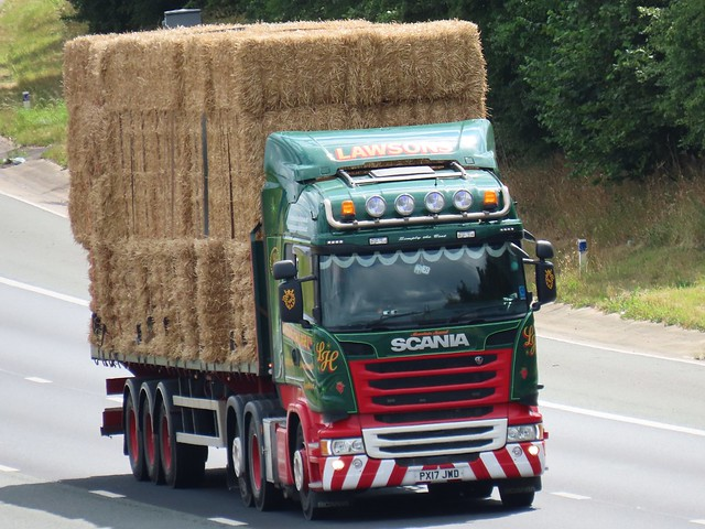 Lawsons Haulage, Scania R450 (PX17JWD) On The A1M Northbound
