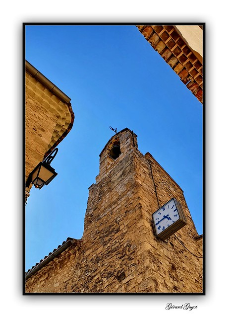 Tour de l'horloge à Venasque