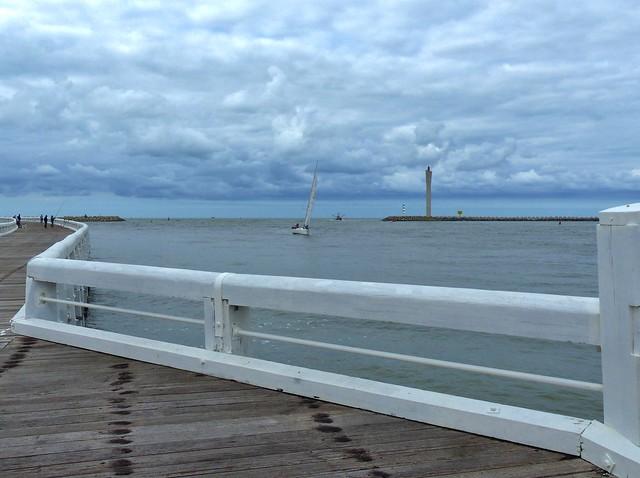 Oostende Het zeegat tussen de strekdammen vanop de pier - Prettig weekend - Have a nice Weekend!