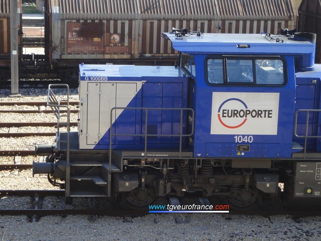 Vue détaillée de la cabine d'une locomotive Vossloh MaK G1000BB