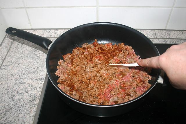 07 - Fry mincemeat crumbly / Hackfleisch krümelig anbraten