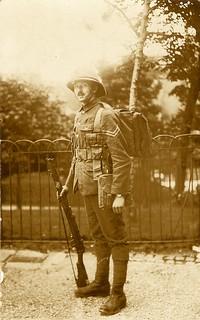 Royal Engineer in full kit - 20EX