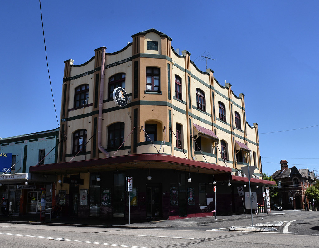 The Sly Fox Hotel, Enmore, Sydney, NSW.