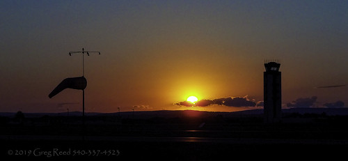 allentown pennsylvania airport lehighvalleyinternationalairport aviation sunset evening orange controltower windsock