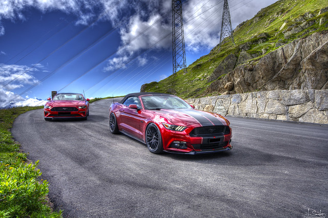 Mustang Photostop - Road from Nufenenpass - Wallis - Switzerland