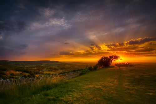 sunset gloucestershire cotswolds