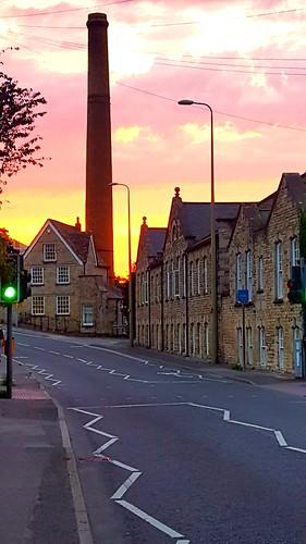 witney sunset sun oxfordshire westoxfordshire earlysmill chimney