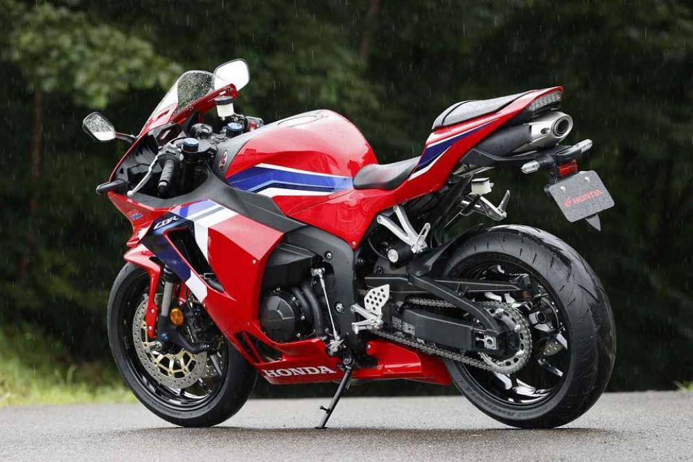 New CBR600RR 2021 BL