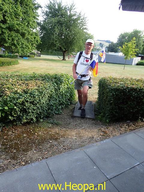 2020-08-08 Avond wandeling   Schin op Geul 13 Km (2)