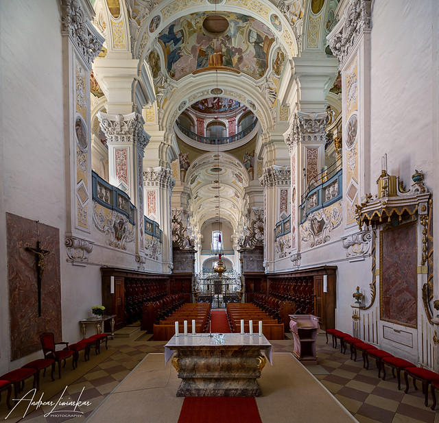 Klosterkirche Schöntal Blick nach Westen