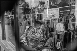 Shop window, Upper Tachbrook St, Westminster, 1987 87-9g-22-positive_2400