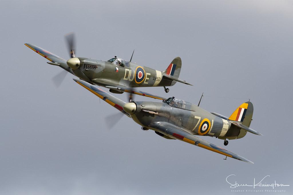 AR501' G-AWII - Supermarine Spitfire MkVb, 'Z7015' G-BKTH - Hawker Sea Hurricane Ib
