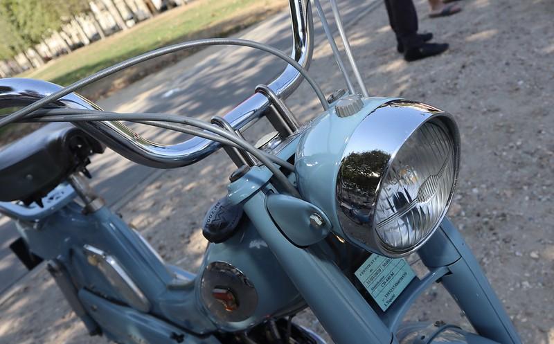Motobecane Mobylette type AV88  50206598621_af541bcf22_c