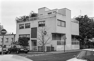 Campden Hill Rd, Kensington, Kensington & Chelsea, 1987 87-9b-32-positive_2400