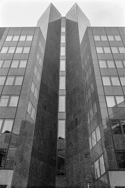 John Islip St, Westminster, 1987 87-9a-54-positive_2400
