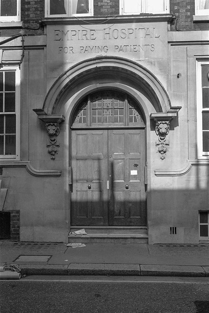 Empire Hospital, for Paying Patients, Vane St, Westminster, 1987 87-9g-54-positive_2400