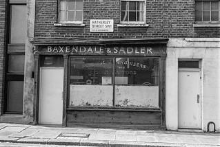 Baxendale & Sadler, Hatherley St, Victoria, Westminster, 1987 87-9g-52-positive_2400