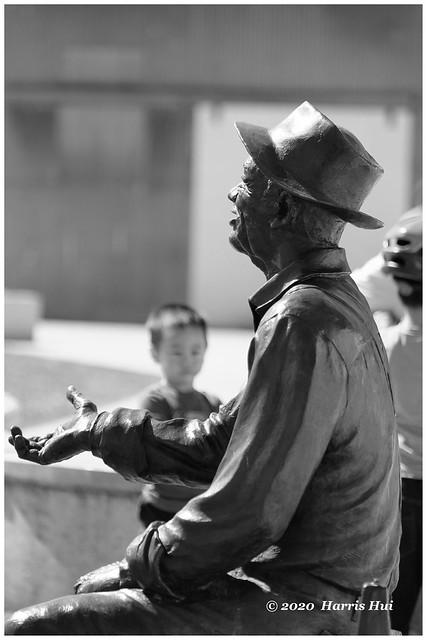 Fisherman Telling Stories - Steveston XT9215e