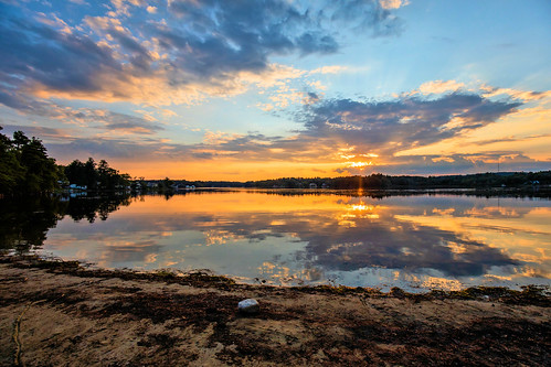 canobielake lake sun sunset sky newengland newhampshire pro reflection canon eos calm evening summer august temperature warm clouds