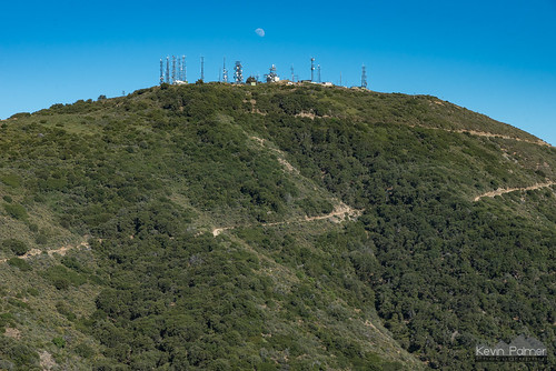 july summer nikond750 california orangecounty evening santaanamountains clevelandnationalforest modjeskapeak santiagopeak radiotowers sunny blue sky tamron2470mmf28 moon