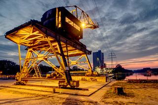 Sonnenaufgang im Stadthafen