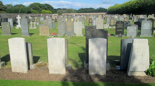 4 War Graves, Annan Cemetery