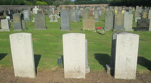 3 War Graves, Annan Cemetery