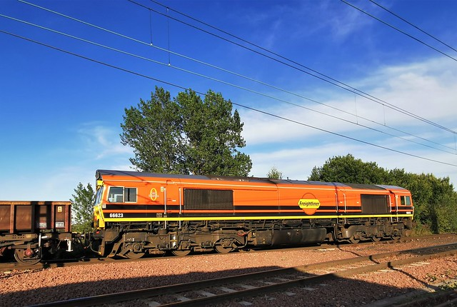 66623 - Genesee & Wyoming Livery at Millerhill