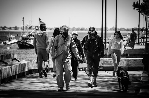 newburyport massachusetts newengland covid19 pandemic coronavirus blackandwhite streetphotography street river riverwalk waterfront water people urban figures blackandwhitephotography monochrome walking dog masks masked sea sailboats ship bench wood ma newburyportmassachussets newburyportma moments he