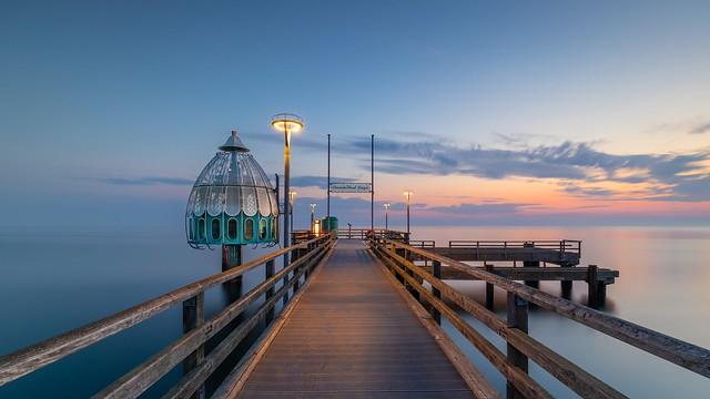 Morgens auf der Seebrücke in Zingst