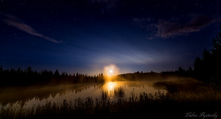 Midnight moonrise | by lubys2