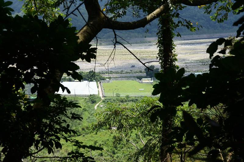 白布帆山稜線俯瞰卓蘭、大安溪