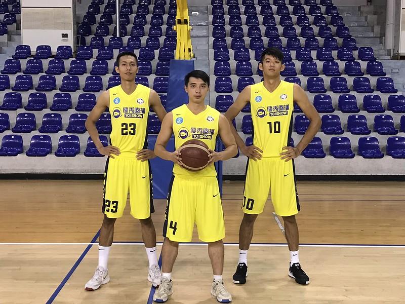 林柏豪(左起)、李漢昇、陳俊翰。(圖/九太科技隊提供)