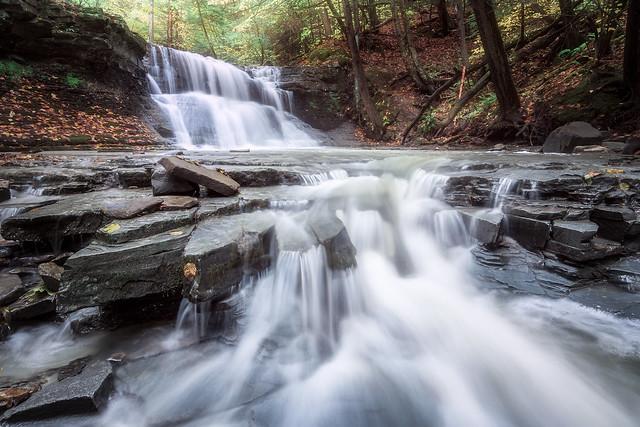 Gray's Creek Falls [explored 10-Aug 2020]