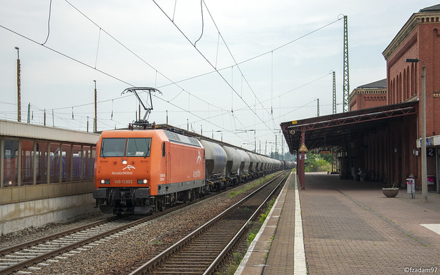 145-CL 002 (145 082-4)