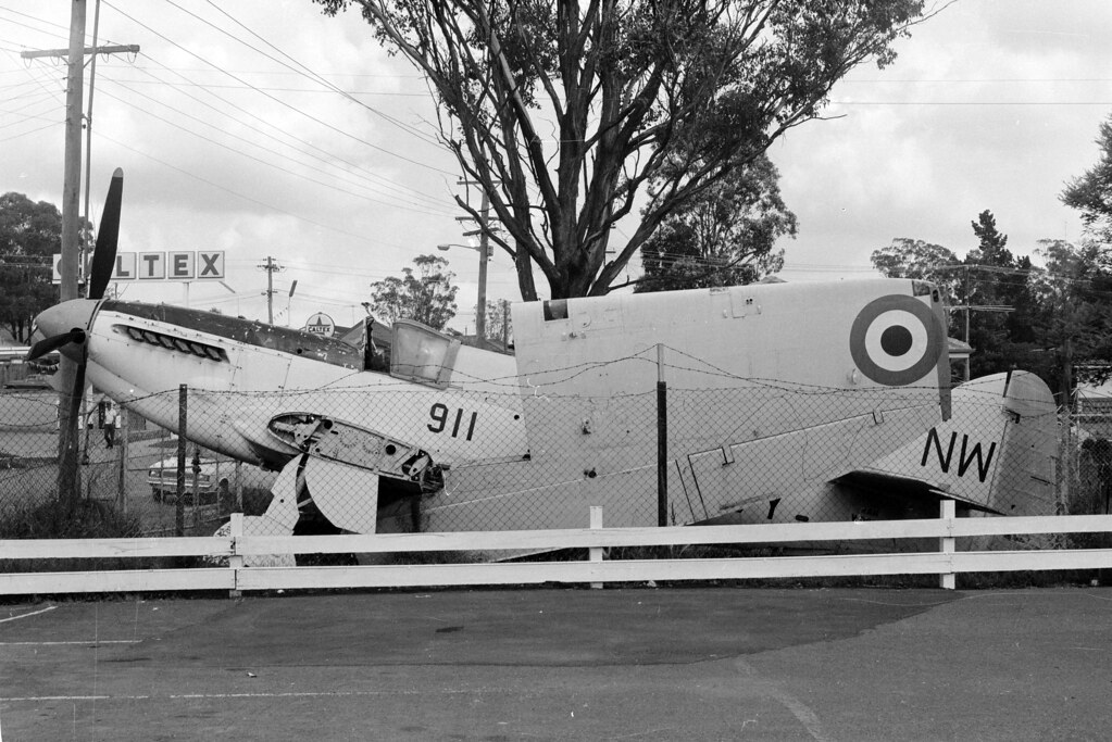 Fairey Firefly AS6 WD827 NW 911