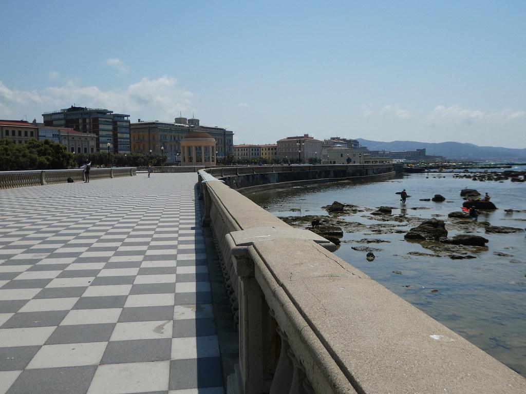 Terrazzo Mascagni, Livorno
