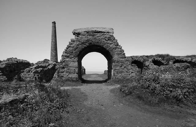 'Tin Arch'