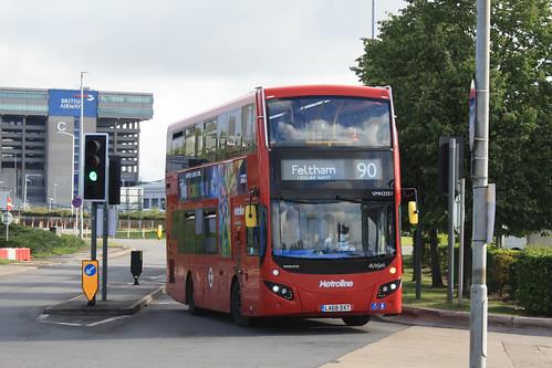 Metroline VMH2551 LA68DXT