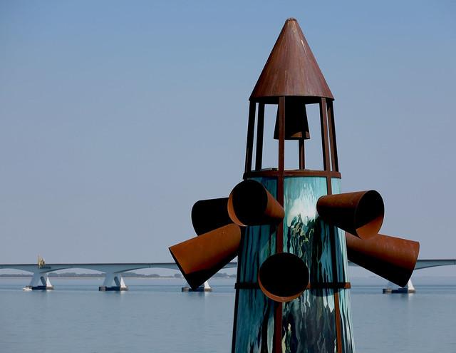 Monument voor de verdronken dorpen in Zeeland