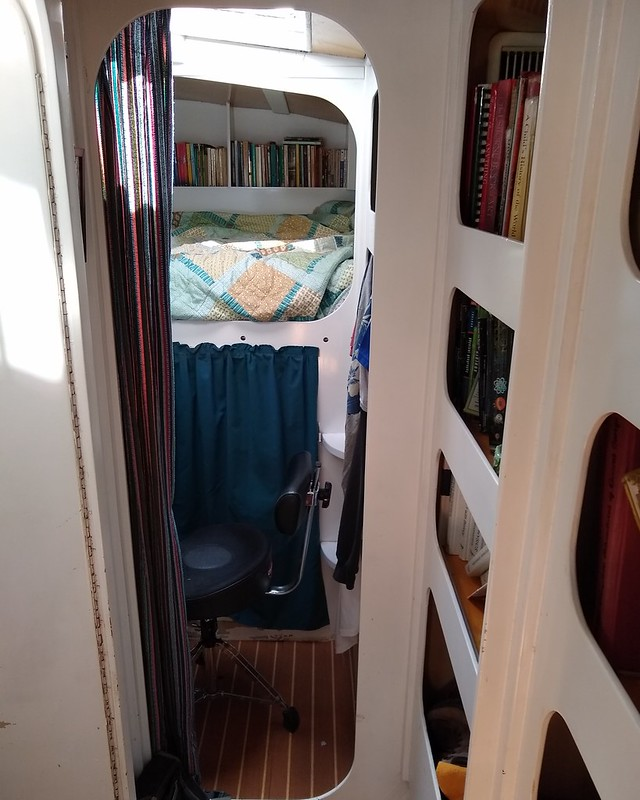 Port aft cabin/Jay's office