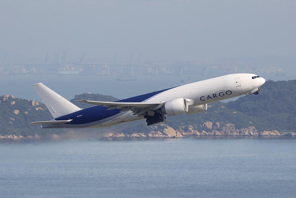 N702GT, Boeing 777F, Southern Air, Hong Kong