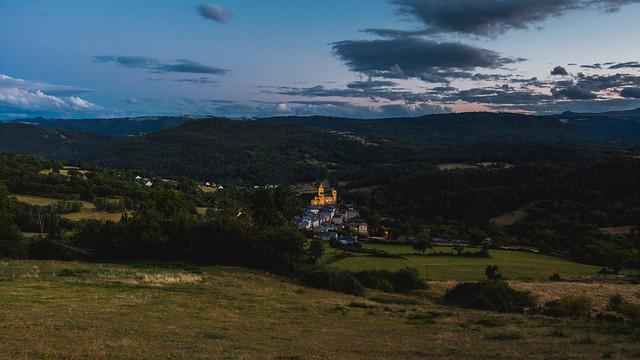 Sur les hauteurs de Saint-Nectaire, au coucher du soleil...