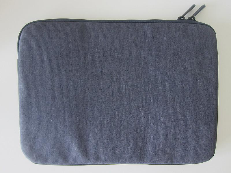 Targus Cypress EcoSmart 11 - 12 Inch Sleeve - Back