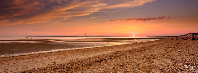 Sunset over the sands of Solent