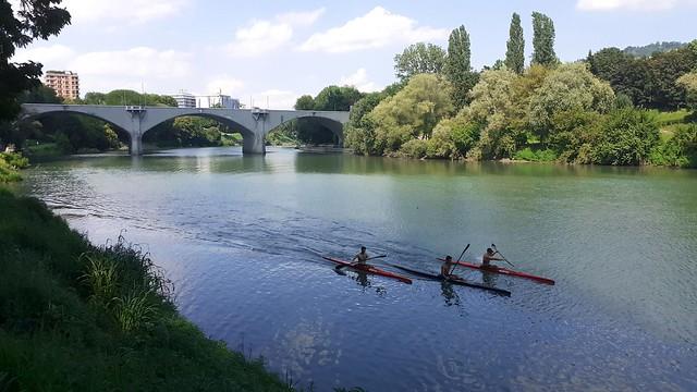 Vista verso Ponte Balbis. Lungo il Po a Torino, Italia