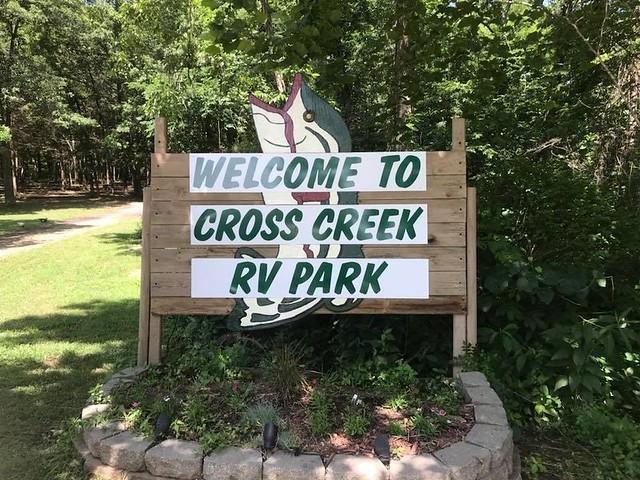 Cross Creek RV Park & Campground - RoverPass
