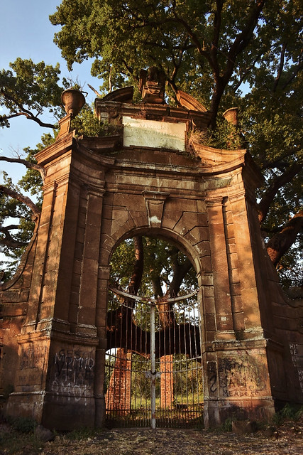 Porta Viecha Villa Falconieri