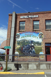 """Welcome to Historic Prairie City"" Mural at the Prairie Hotel in Prairie City, OR"